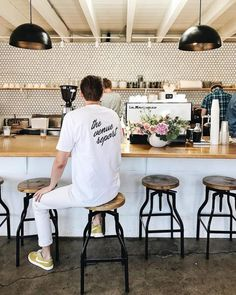 25 of the Coolest Coffee Shops in San Diego // written by Alyssa Brown Cute Coffee Shop, Best Coffee Shop, Coffee Shops, Coffee Coffee, Coffee Drinks, San Diego Breakfast, Breakfast Cafe, Breakfast Stools, Shop Interior Design