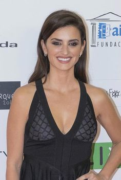Penelope Cruz once again flaunted her exotic sex appeal in a skin tight black dress, while posing for cameras at the 2016 Jose Maria Forque Awards held at the Palacio Municipal de Congresos in Madrid, Spain on Monday evening (January 11, 2016)....