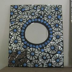 mosaic mirror in blue and silver Mosaic Pots, Mirror Mosaic, Mosaic Diy, Mosaic Garden, Mosaic Crafts, Mosaic Projects, Mirror Art, Mosaic Wall, Mosaic Glass