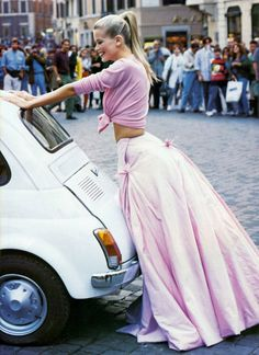 Style inspiration, Pink Maxi Skirt, Claudia Schiffer, Fashion Model, Fashion photography