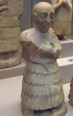 Statue, probably of a woman Early Dynastic III 2400 BCE Mesopotamia