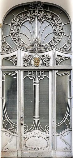 Art Nouveau entrance