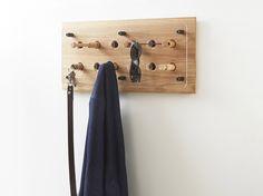 Moodboard 2X6 Oak - Magnetic Hanger System - Glasses - Keys - Shirt - Jacket