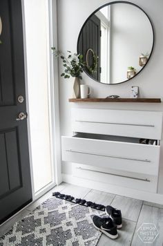Clutter-Free Entryway Storage Ideas | For DIY drop-zone and entryway ideas, look no further. Give guests a chance to hang their coats and feel right at home with an organized entryway.