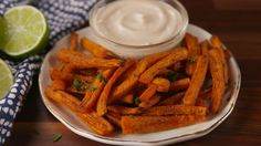 Carrot Fries Are The New Sweet Potato Fries — Delish Carrot Recipes, Paleo Recipes, Low Carb Recipes, Cooking Recipes, Pescatarian Recipes, Are Potatoes Paleo, Carrot Fries, Cooked Carrots, Fries Recipe