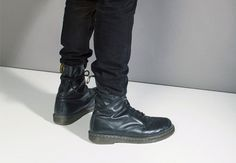 """GQ.com: Will Welch, Style EditorJeans: LevisShoes:Doc Martens 8-hole bootsAny Tailoring?Taper and hemSignature Move:Tuck""""I tie my Doc Marten laces around my ankles, with the knot in the back. Then I tuck the back of my 501s in and let the front hang over a little. I guess theidea is intensitywithout going full skinhead.""""."""