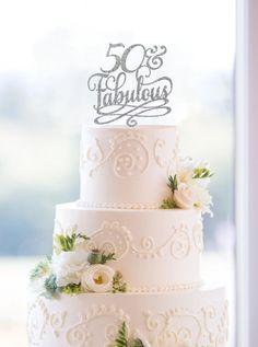 Love Glitter Cake Topper Wedding Cake Topper Gold Wedding Gold Cake Topper Wedding Cake Decoration Acrylic Cake Topper Anniversary - by ChicagoFactory Gold Cake Topper, Acrylic Cake Topper, Creative Wedding Cakes, Cool Wedding Cakes, Table Wedding, Wedding Rustic, Ikea Wedding, Wedding Hacks, Party Wedding