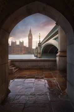 Big Ben by Michael Breitung on 500px The dramatic light of the last photo I posted was followed by a short but heavy downpour. I had to run for cover which I found at this beautiful location. A street musician was playing guitar and I had a nice an dry place to take the last photo of the evening as the light slowly faded.