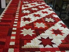 Red and White Stars and Log Cabin..quilted by Kevin - Blogs - Quilting Board