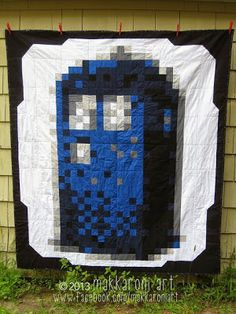 Hello, I'm the Doctor: Tardis 8-Bit Quilt