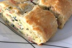 Zucchini strudel by altbaerli Strudel, Healthy Eating Tips, Clean Eating Recipes, Veggie Recipes, Mexican Food Recipes, Camp Snacks, Pregnancy Eating, Backpacking Food, Food Menu