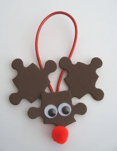 Puzzle Piece reindeer, autism awareness gift for christmas season. easy craft for kids to make and make on the tree. reindeer ornament