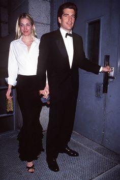 How to Dress Like Carolyn Bessette Kennedy - TownandCountrymag.com