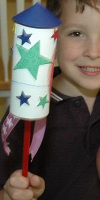 Fun craft ideas for kids at a patriotic party! #4thofJuly #funonthefourth #OrientExpressed