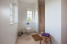 Simpelt og enkelt badeværelse. #nybyggeri #bolig #basebolig #nythjem #nybyg #hjem #nythus #blivnumarts #nybyggerne #kannæstenikkevente #husejer #husbyg #hus #hhus #børneværelse