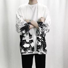 Men 's Harajuku Streetwear Kimono Harajuku Fashion, Japan Fashion, Look Fashion, Mens Fashion, Fashion Outfits, Fashion Trends, Harajuku Japan, Fashion Ideas, Japanese Harajuku