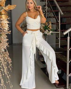 ENTERIZO $$ 245.000 HORARIO DE TEMPORADA LUNES A SÁBADO DE 9:30 AM A 8:30PM DOMINGOS DE 10:am a 5:Pm INFORMACIÓN SÓLO X EL WHATSAPP… Mom Outfits, White Outfits, Spring Outfits, Casual Outfits, Look Fashion, Girl Fashion, Fashion Dresses, Fashion Design, Beach Dresses