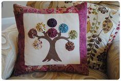 yo yo tree pillow.