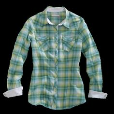 Tin Haul® Women's Green Plaid Snap Long Sleeve Snap Western Shirt