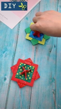 Small Delicate Colorful Laser Square Rubik's Cube Finger Spinner Fingers Coordination Training Fidget Toy Puzzle Game Diy Crafts Hacks, Diy Crafts For Gifts, Diy Arts And Crafts, Creative Crafts, Wood Crafts, Fun Crafts, Instruções Origami, Paper Crafts Origami, Useful Origami