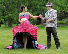 Prom pair use duct tape for higher education Strapless Dress, Prom Dresses, Formal Dresses, Duck Tape Dress, Duct Tape Clothes, Duck Tape Crafts, Victoria Fashion, Halloween 2017, Higher Education