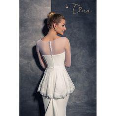 Svadobné šaty strihu morská panna so zberaním na bokoch