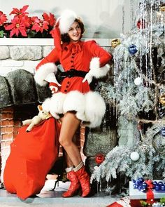 Whether you've been naughty or nice, Spa Medical has perfect gifts for everyone! Come by today and browse the array of products we offer, ask us about our many services or pick up a gift certificate. Beauty is the gift that keeps on giving!