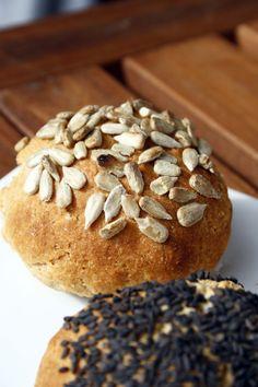 Frühstücksbrötchen mit Quarck  http://babyrockmyday.com/fruehstueck-mit-quarckbroetchen-ganz-ohne-hefe/