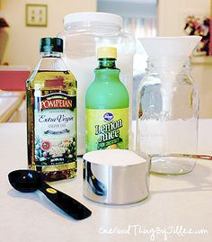 Super Silky Summer Legs Ingredients 1 cup sugar cup oil, 3 tablespoons citrus juice (lemon or lime) Mix everything together. Homemade Beauty, Diy Beauty, Beauty Skin, Beauty Hacks, Beauty Ideas, Beauty Care, Silky Summer Legs, Soft Legs, Silky Legs
