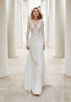 Rosa Clara Wedding Dresses, Long Wedding Dresses, Long Sleeve Wedding, Wedding Dress Styles, Bridal Dresses, Wedding Gowns, Lace Dresses, Couture Dresses, Rosa Clara Bridal