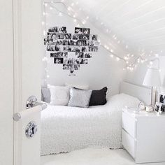 So in love with this bedroom 😍  Credit: @heleneog  #details #beautiful #design #designer #love #interior #interiordesign #white #chic #inspiration #inspired #bedroom #amazing #style #styling #hot