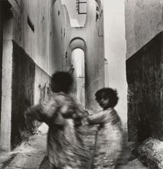 Running children, Morocco by Irving Penn