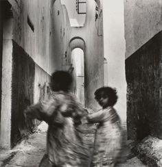 Irving Penn, Running Children, Rabat, Morocco, 1951