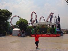 Our daughter Daniz chose to celebrate her birthday at Enchanted Kingdom in Santa Rosa, Laguna. It was a fun-filled day for all of us. 10th Birthday, Birthday Celebration, Enchanted Kingdom, Opera House, Celebrities, Building, Fun, Travel, 10 Year Anniversary