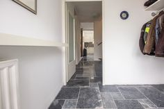 Antique Blue Light #woonkamer #living #kalksteen #limestone #vloer #floor #flooring #tiles #tegels #interieur #interior #interieurdesign #interiordesign