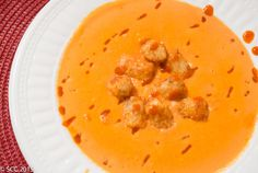 Spicy Sriracha Tomato Cream Soup with Tater Tot Croutons