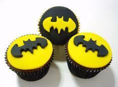 O Brigadeiro de Colher: Cupcake e Biscoito do Batman