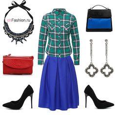 Лук с синей юбкой, рубашкой в клетку и черными лодочками