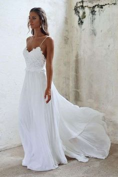 Boho Beach Wedding Dresses Sexy Open Backs Lace White Wedding Gown Boho Strandhochzeitskleider Sexy Sommer Spaghetti-Trägern Backs . White Beach Wedding Dresses, Elegant Wedding Dress, Boho Wedding, Dress Wedding, Wedding Ideas, Wedding Beach, Beach Weddings, Trendy Wedding, Wedding White
