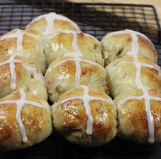 Easy Hot Cross Buns Recipe | Such a classic Easter recipe!