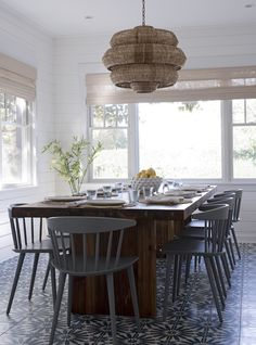 Dramatic Patterened Floors In This Dining Room Design Threshold Interiors Nyc Windsor Chairs