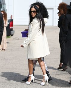 Sheila E, Prince's former fiance arrives to Paisley Park to attend a memorial service. Prince Paisley Park, Sheila E, Legendary Singers, Hip Hop And R&b, Dearly Beloved, Roger Nelson, Prince Rogers Nelson, Purple Reign, Music Artists