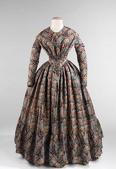 Wool print (ombre!  blue!) from the 1850s.  PERFECTION