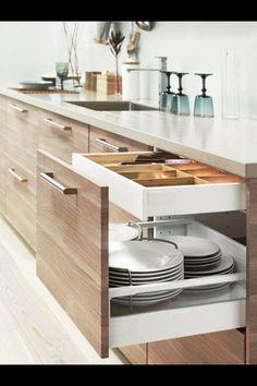 Dishes organizer