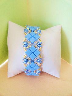 Bracelet cristal Sylvia bleu lavande : Bracelet par perles-des-caraibes