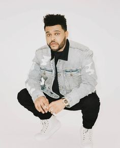look at this man omfg 😍 Abel Makkonen, The Weeknd, Music Lovers, New Pictures, That Look, Bomber Jacket, Husband, Mens Fashion, Shirt Dress