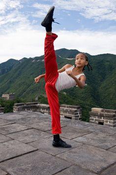 Jaden-Smith-The-Karate-Kid-Movie-Remake- red pant kick The Karate Kid, Karate Kid Jaden Smith, Karate Kid 2010, Karate Kid Movie, Kung Fu, Shotokan Karate, Kyokushin Karate, Ralph Macchio, Martial Arts Movies