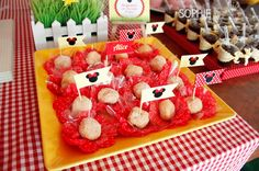 Minnie Mouse Baby Shower - Baby Shower Ideas and Shops
