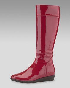 lantern red rain boots please
