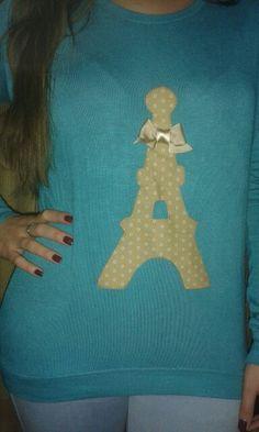 Una de nuestras clientas con su jersey personalizado